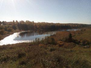 озеро Истинка осенью